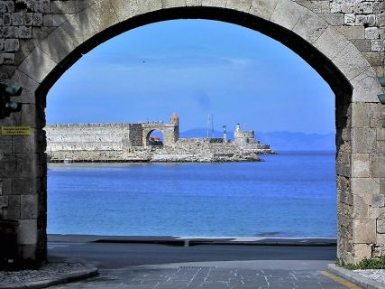 Walking tour of Rhodes town, Rhodes tours