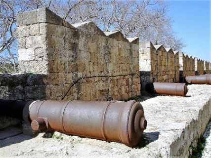 The fortifications of the Knights tour, Rhodes private tours